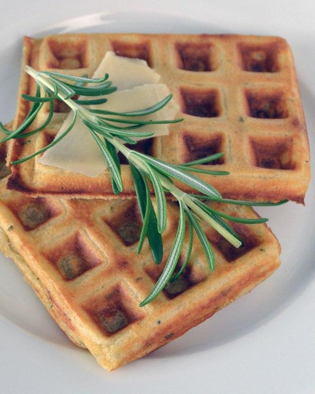Parmesan-Rosemary-Waffles-3